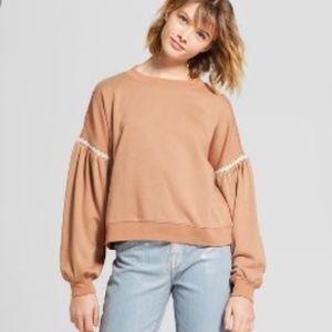 Mossimo tan puff sleeve sweatshirt size M